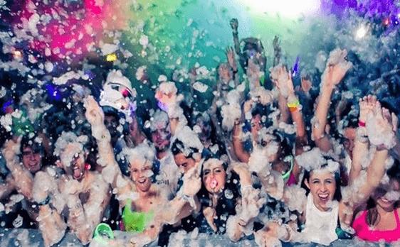 Fiesta de la espuma en Murcia